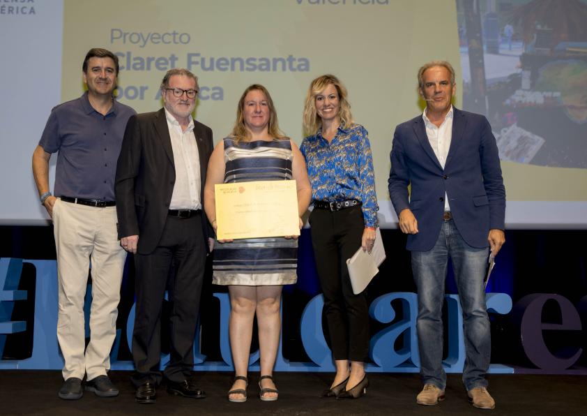 """El Colegio de Fuensanta (Valencia) recibe el Primer Premio """"Mi Colegio se mueve"""""""