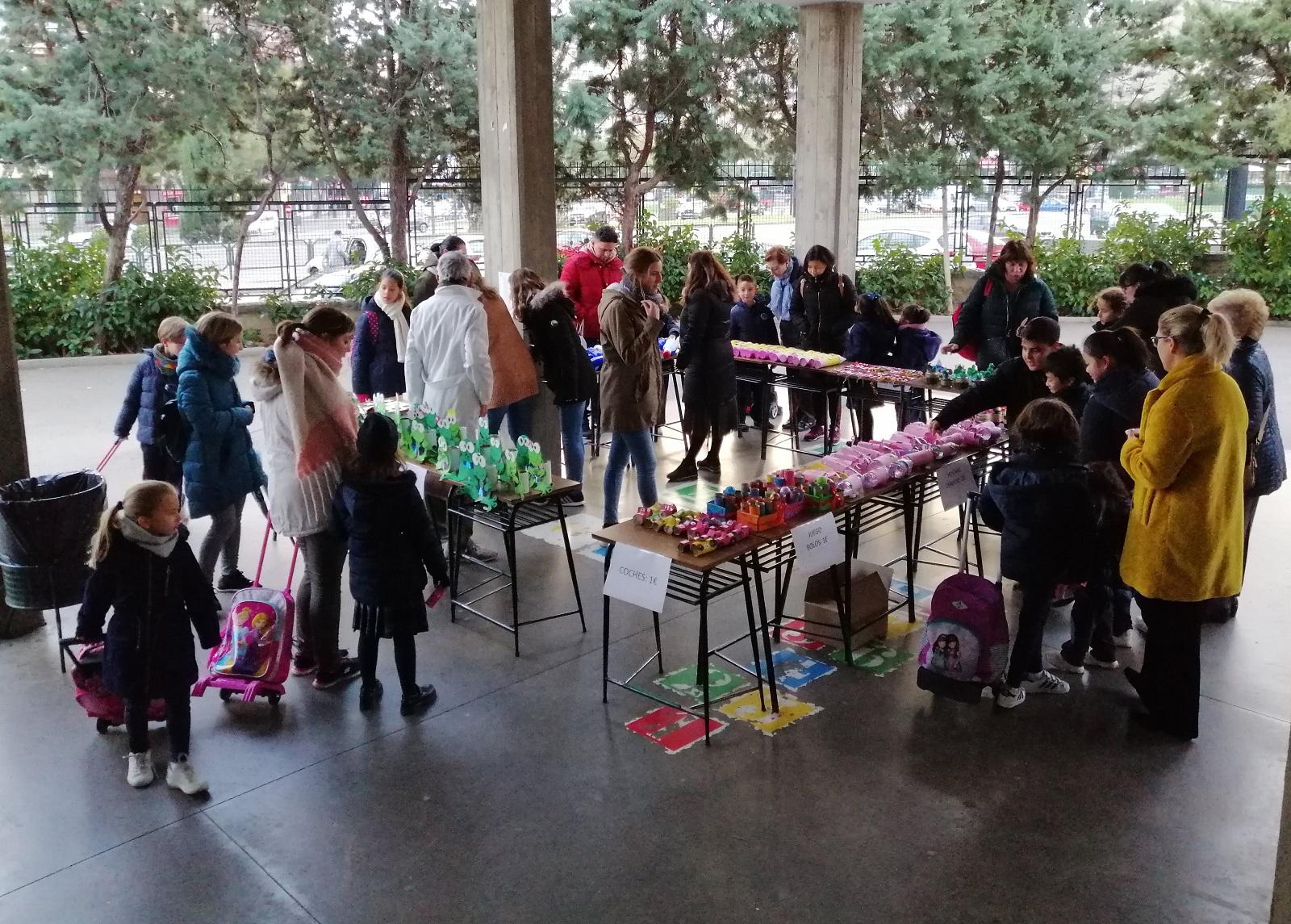 Un año más Claretianas Zaragoza se ha volcado en el mercadillo solidario