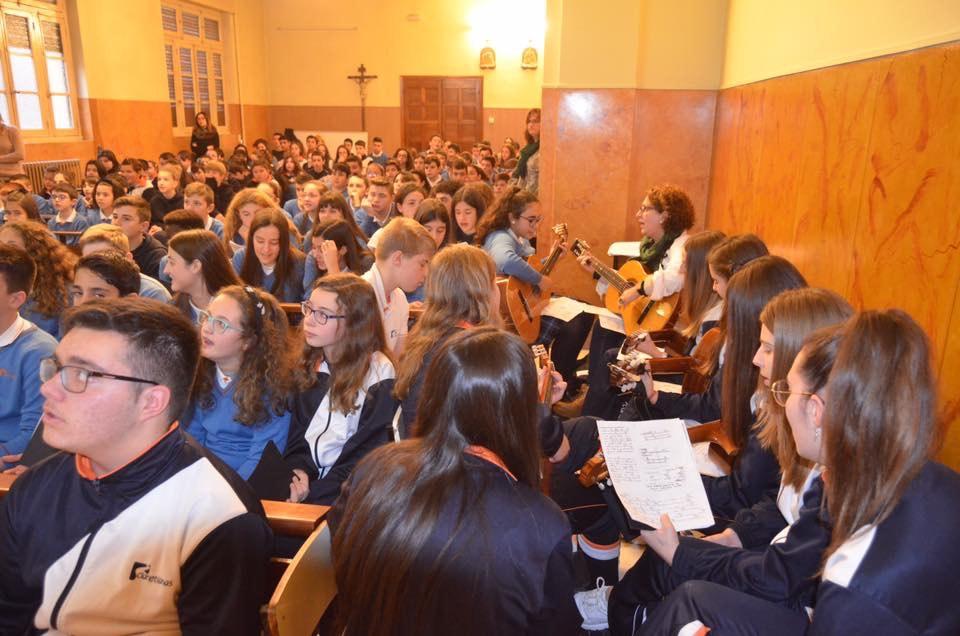 Día de la Inmaculada muy solidario en Pola de Laviana